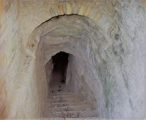 tunnel_of_eupalinos_samos_6